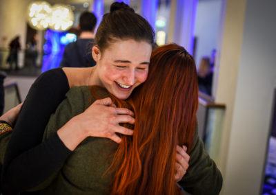 Freitag - Helena und Heike vom Orga-Team sind glücklich, dass alles läuft