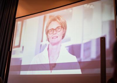Freitag - Das Grußwort unserer Bundesbildungsministerin Karliczek