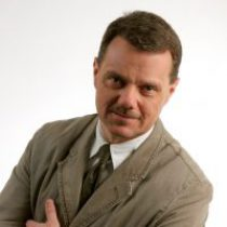 Dr. Rolando Schadowski